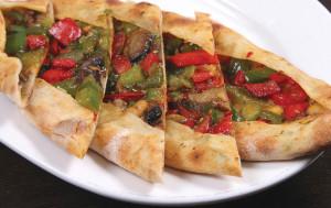 EFES-Turkish-Food-Vegeterian-Pide